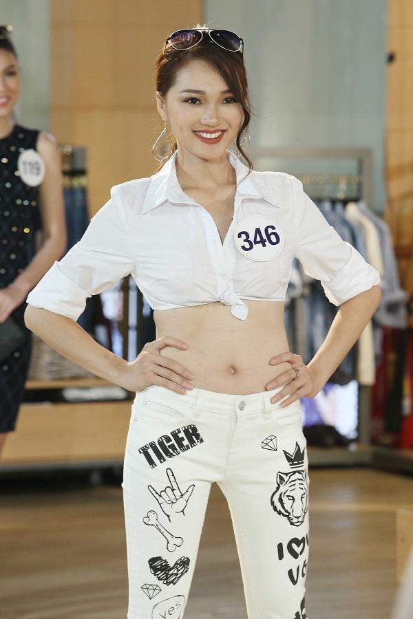 Cô gái xứ Nghệ xinh ngất ngây không trung thực khi thi hoa hậu - 1