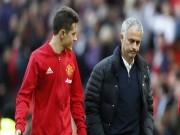 Chuyển nhượng MU: Mourinho nổi điên, bán Herrera cho Barca 3 tháng nữa