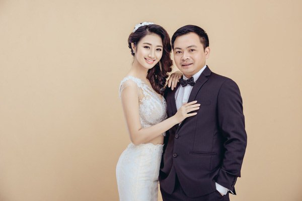 Hoa hậu Thu Ngân sinh quý tử với chồng đại gia - 3