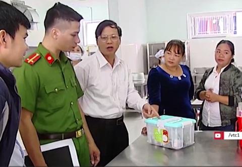 Hà Nội: Rau trong bếp ăn trường mầm non dương tính với thuốc bảo vệ thực vật - 1