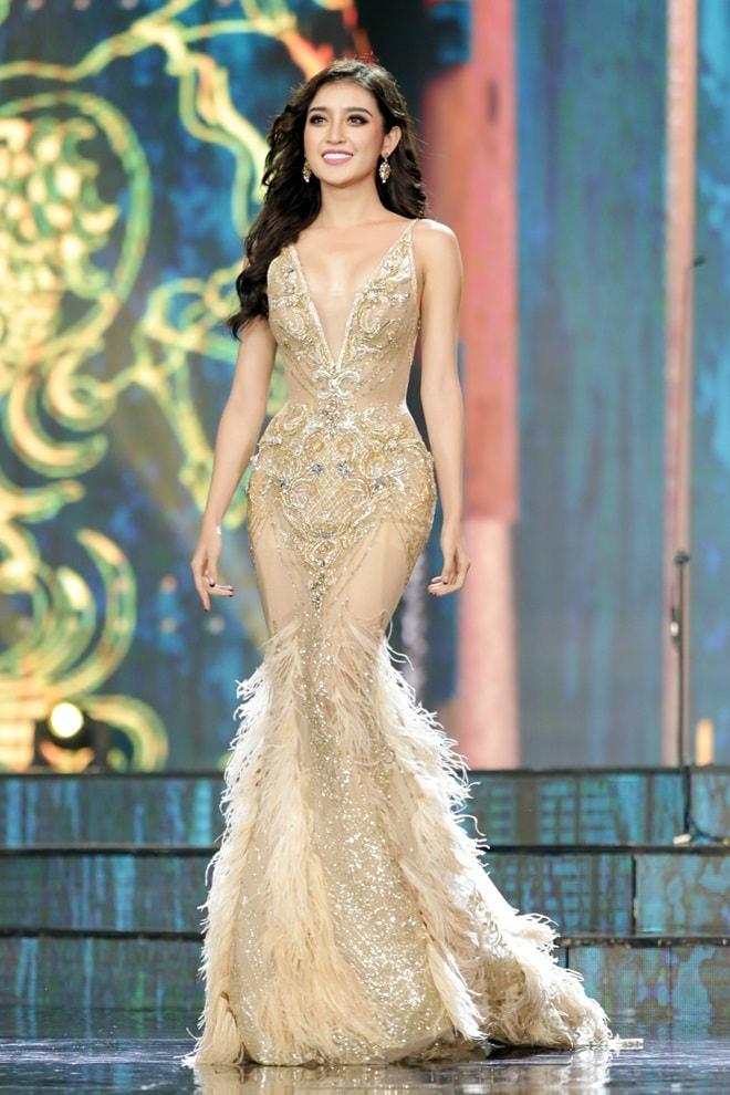 Tiết lộ về váy trăm triệu của Huyền My tại chung kết Hoa hậu Hòa bình - 2