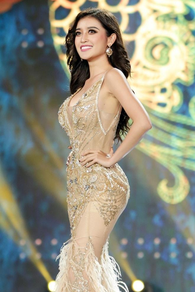 Tiết lộ về váy trăm triệu của Huyền My tại chung kết Hoa hậu Hòa bình - 3