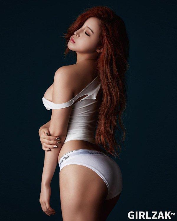 Nữ thần gợi cảm mới của Hàn Quốc mê tít đồ hở cực hiểm - 5