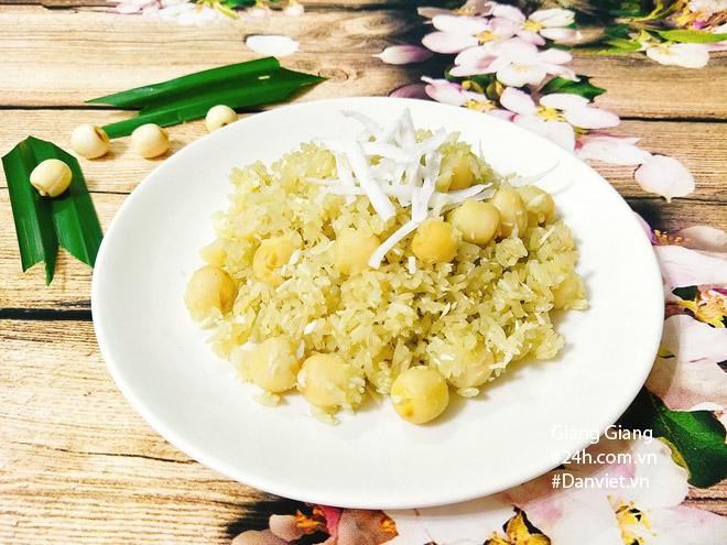 Bữa sáng mùa thu ấm bụng với xôi lá dứa hạt sen thơm dẻo - 9