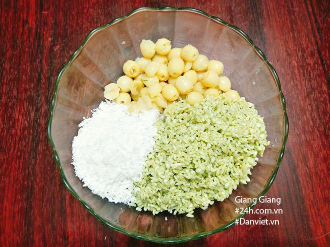 Bữa sáng mùa thu ấm bụng với xôi lá dứa hạt sen thơm dẻo - 6