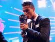 """Ronaldo hay nhất: Báo chí kính nể tôn là """"Vua"""", Messi - Ronaldo không bầu cho nhau"""