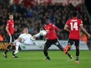 """Swansea - MU: Hai  """" phát đạn """"  từ một người hùng (Vòng 4 League Cup)"""