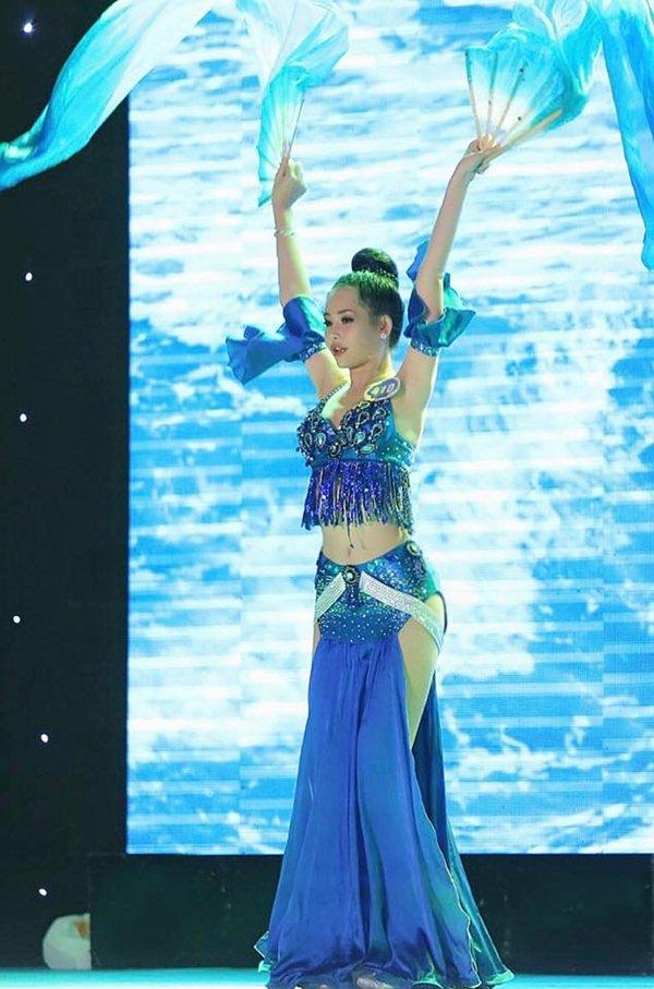 Chân dung mỹ nhân Sài Gòn là Hoa hậu Đại Dương 2017 - 7