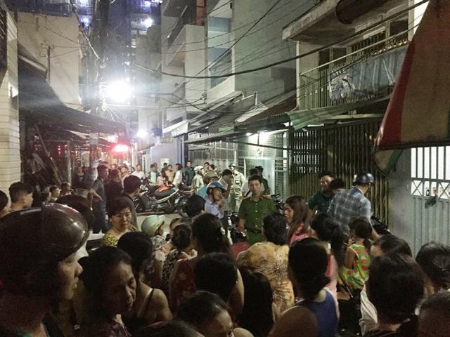 Dân Sài Gòn vây bắt kẻ đâm chết người trong đêm
