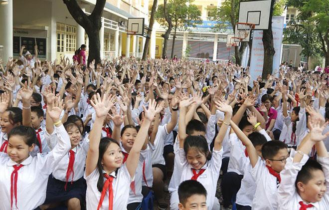 Hà Nội: Tạo cho học sinh thói quen sử dụng an toàn tiết kiệm điện - 3