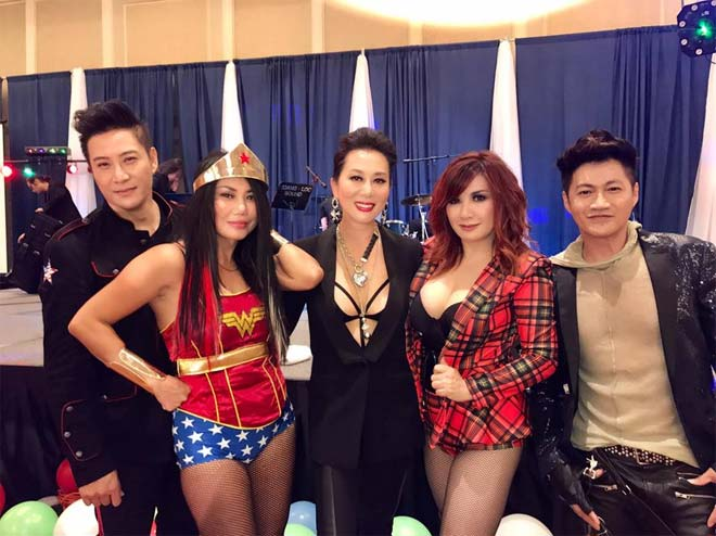 Dàn sao Việt hóa trang ma quái trong đêm Halloween - 13