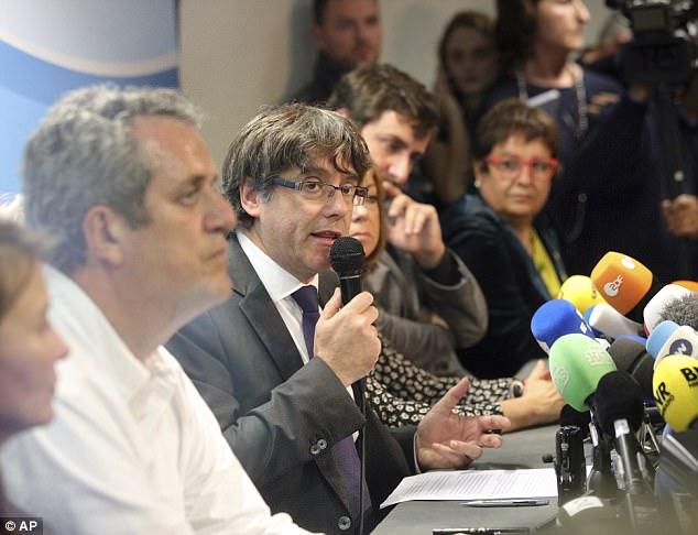 Lãnh đạo Catalonia giải thích lý do bỏ trốn sang Bỉ - 1