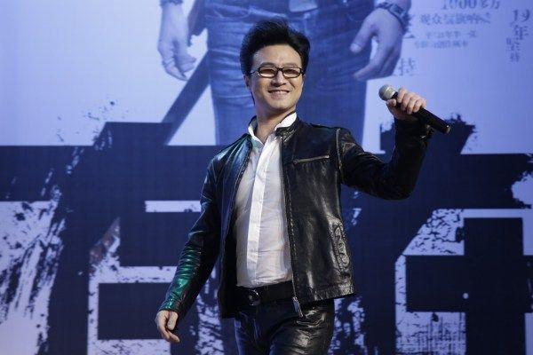 Chồng Chương Tử Di bị chỉ trích vì phát trực tiếp hôn lễ của Song Hye Kyo - 3