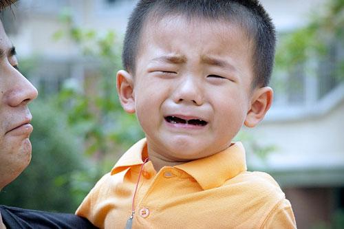 Làm thế nào để con vui vẻ đến trường thay vì mếu máo, khóc lóc? - 1