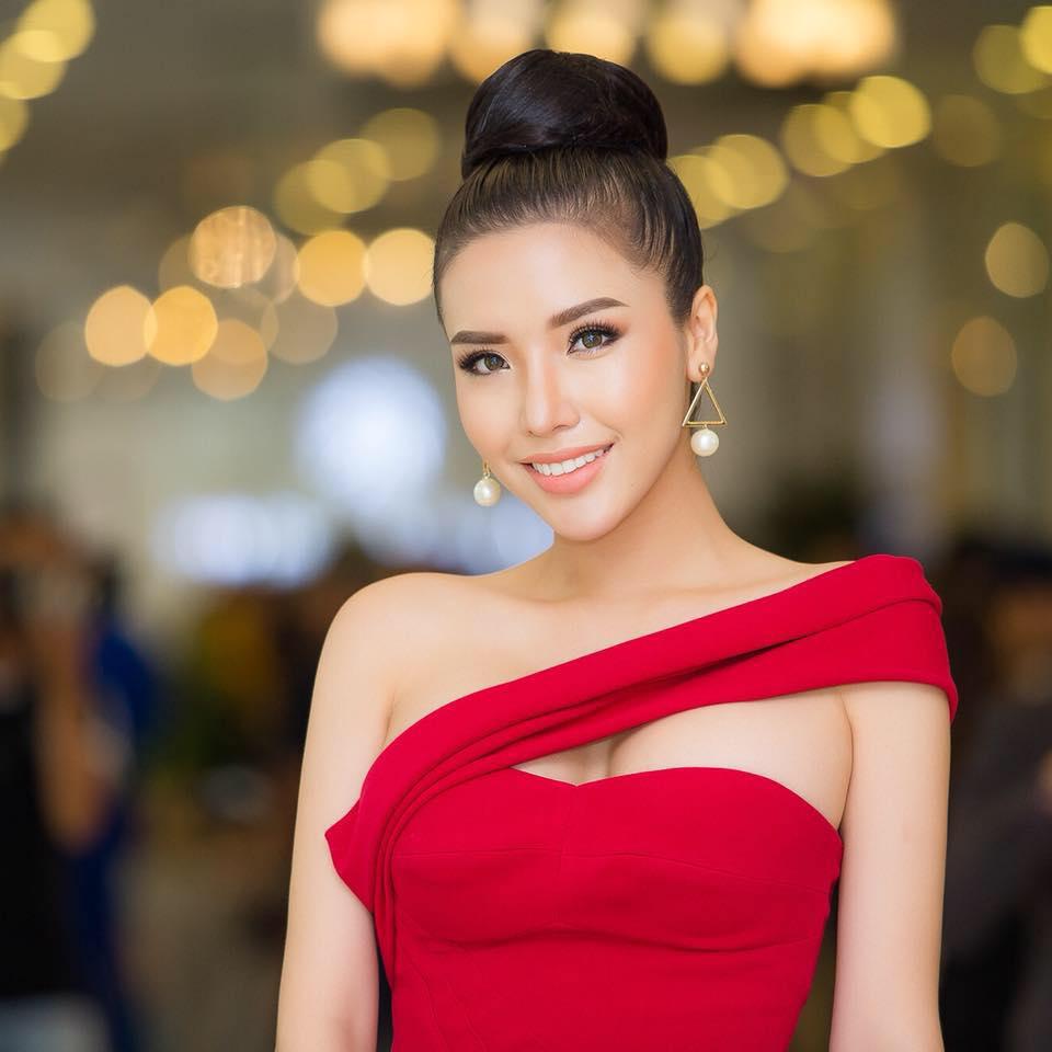 Á hậu Việt có vòng ba 1 mét sẽ dự thi Hoa hậu Siêu quốc gia - 2