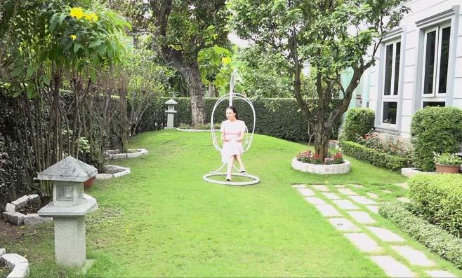 """Nhà đẹp của sao: Ngất ngây biệt thự """"hoàng gia"""" của Hồ Quỳnh Hương - 4"""