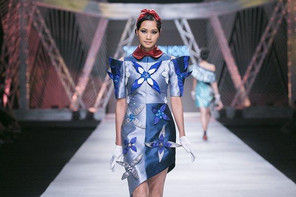 """Ngô Thanh Vân hóa """"Cô ba Sài Gòn"""" quá đỗi kiêu kỳ - 4"""