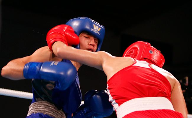 """2 người đẹp boxing Việt Nam """"vùi dập"""" cao thủ, đại thắng ở giải châu Á - 11"""