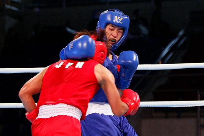 """2 người đẹp boxing Việt Nam """"vùi dập"""" cao thủ, đại thắng ở giải châu Á - 6"""