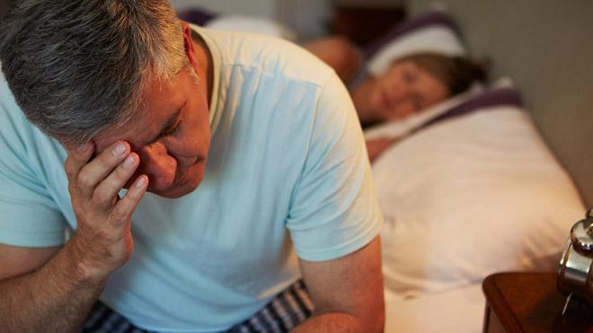 Cảnh báo: Bệnh thận mạn tính nặng hơn ở người bị mất ngủ thường xuyên - 1