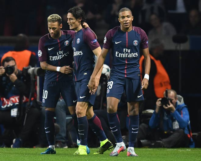 "PSG 17 bàn 4 trận Cúp C1: ""Quỳ rạp"" Neymar – Cavani – Mbappe - 1"