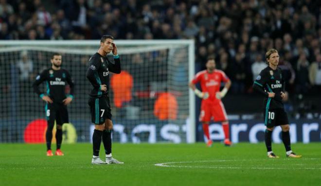 Real lâm nguy, Ronaldo rũ bỏ: Hờn dỗi hay âm mưu tháo chạy - 1