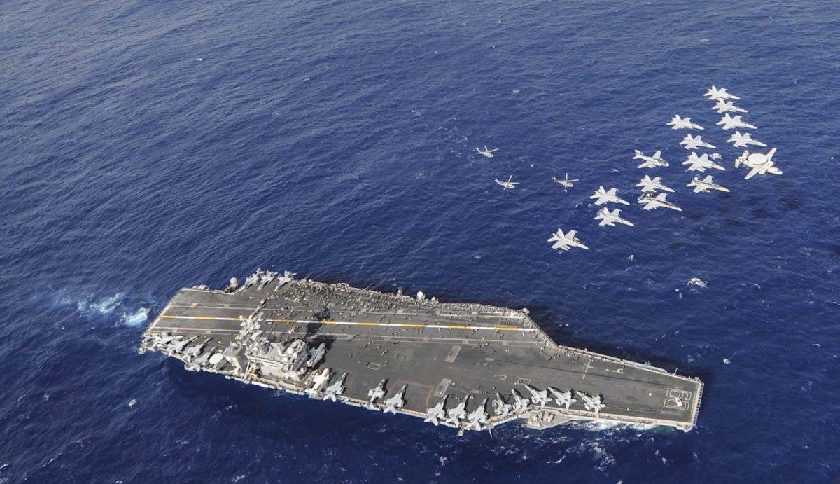 3 đội tàu sân bay Mỹ đem dàn vũ khí hùng hậu áp sát Triều Tiên - 1