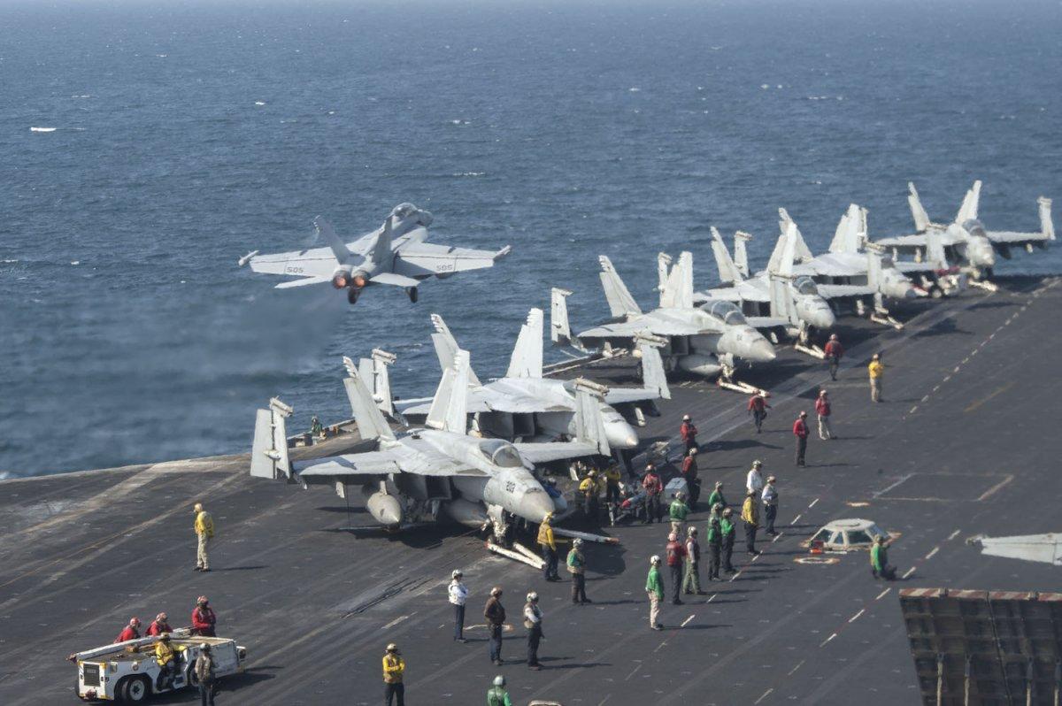 3 đội tàu sân bay Mỹ đem dàn vũ khí hùng hậu áp sát Triều Tiên - 5