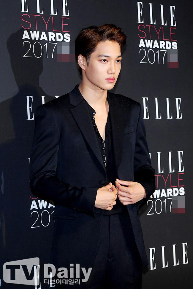 """""""Hôn thê của Lee Min Ho"""" bị chê tơi tả trên thảm đỏ - 10"""