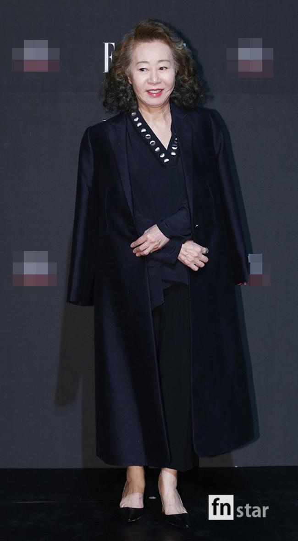 """""""Hôn thê của Lee Min Ho"""" bị chê tơi tả trên thảm đỏ - 12"""