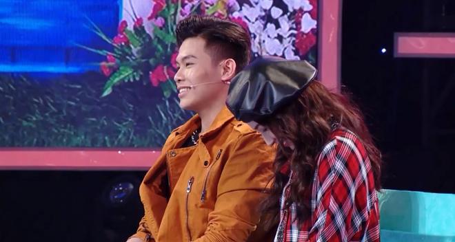 """""""Bạn gái Sơn Tùng"""" khó xử vì phải từ chối lời tỏ tình trên truyền hình - 2"""