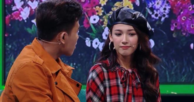 """""""Bạn gái Sơn Tùng"""" khó xử vì phải từ chối lời tỏ tình trên truyền hình - 4"""