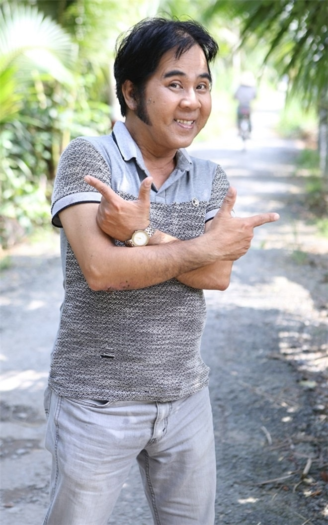 Nghệ sĩ Bạch Long chết đứng khi người yêu cũ mời hát đám cưới và trả cát-xê - 1