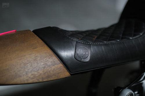 BMW R80RT 1993 phong cách cafe racer của nghệ sỹ guitar - 3