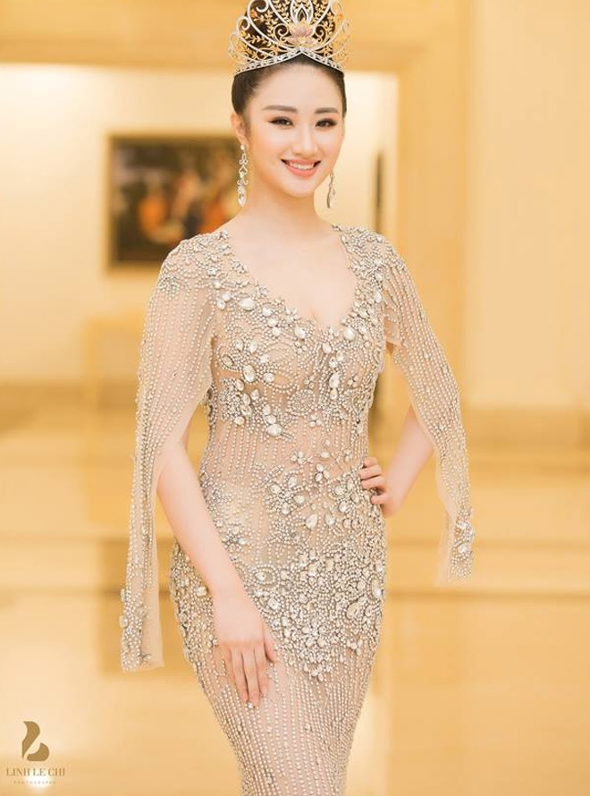Hoa hậu Thu Ngân giảm 12kg sau 2 tháng sinh con cho đại gia - 1