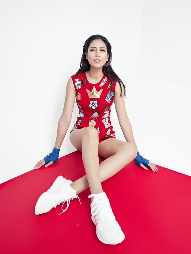 Nguyễn Thị Loan khoe số đo hình thể mới gây bất ngờ - 8