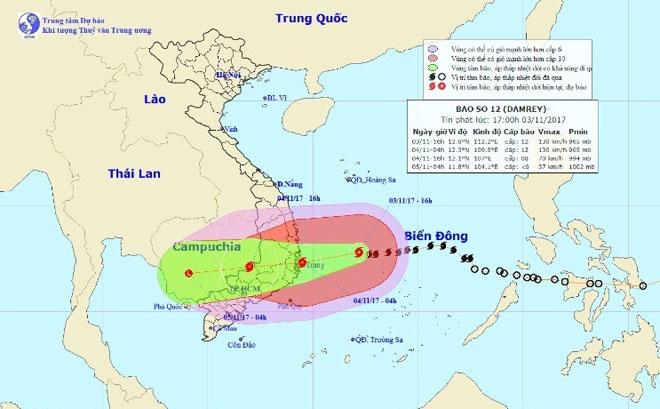 Đêm nay trên đất liền ven biển từ Bình Định đến Ninh Thuận gió giật cấp 15 - 3