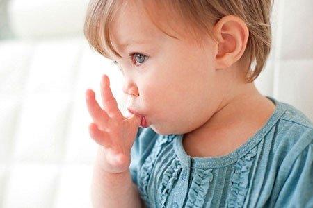 Bí kíp giúp cha mẹ xử lý những thói quen nguy hiểm và kỳ lạ của trẻ - 1