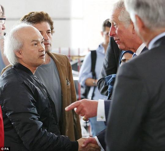 Siêu bịp bợm gốc Việt ra tòa tại Anh - 1