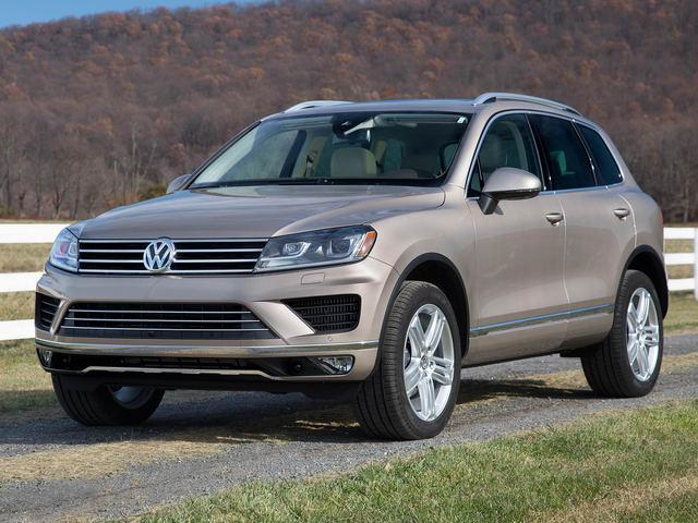 Xe Volkswagen ở Việt Nam giảm giá trong tháng 11 - 1