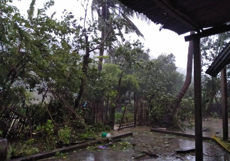 Chùm ảnh sức tàn phá khủng khiếp của bão số 12 - 12