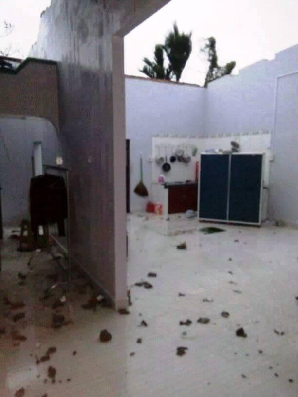 Chùm ảnh sức tàn phá khủng khiếp của bão số 12 - 13
