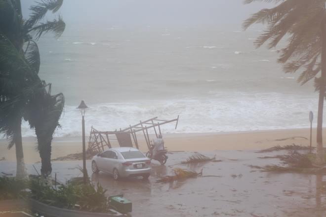 Chùm ảnh sức tàn phá khủng khiếp của bão số 12 - 4