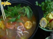 Công thức hoàn hảo làm lẩu Thái chua cay ngon sôi sục dạ dày