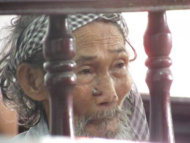 Tòa miễn hình phạt cho cụ ông 84 tuổi bị con đòi bỏ tù