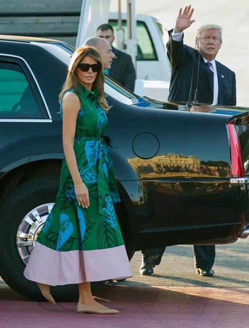 Thăm châu Á chục ngày, vợ đẹp của Tổng thống Trump chi bạc tỷ cho váy áo - 2