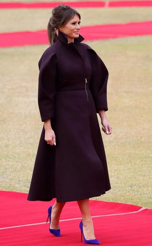 Thăm châu Á chục ngày, vợ đẹp của Tổng thống Trump chi bạc tỷ cho váy áo - 7