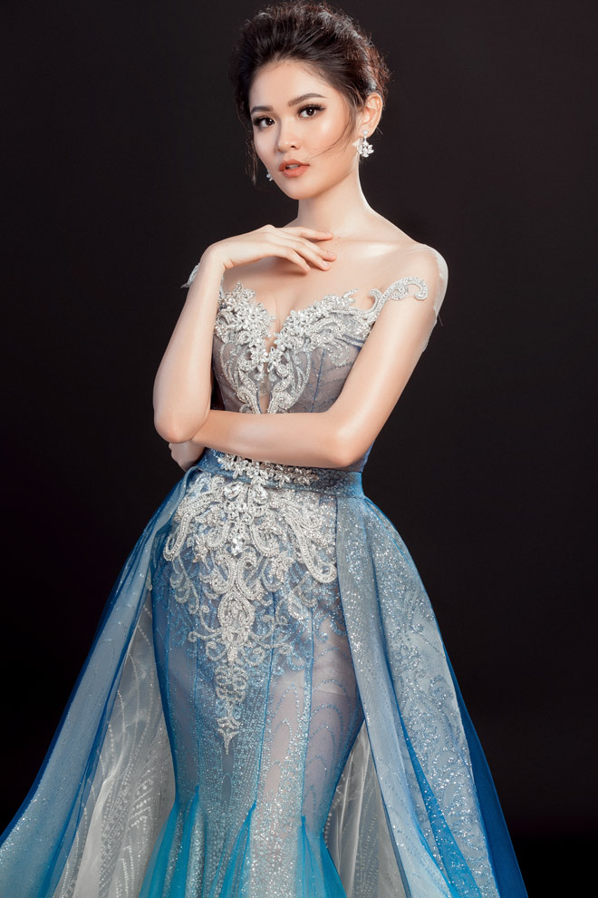 """Lộ váy dạ hội """"đụng hàng"""" Huyền My của Thùy Dung tại HH Quốc tế - 4"""