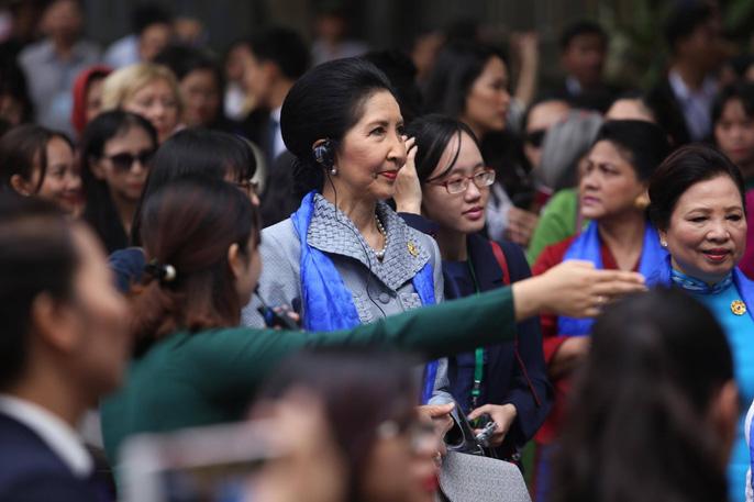 APEC 2017: Phu nhân các nhà lãnh đạo thích thú thăm Hội An - 7