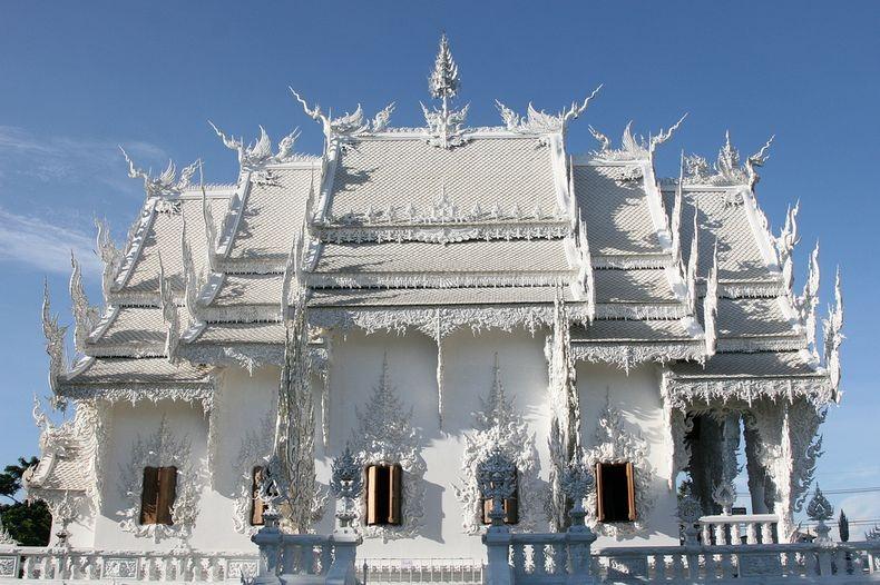 Khám phá ngôi đền trắng kỳ dị ở Thái Lan - 2